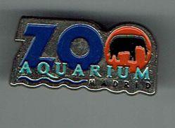 Pin Zoo Aquarium Madrid - Elephant - Animali