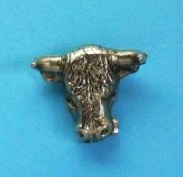 1 PIN'S  //   ** TÊTE DE TAUREAU ** 3D ** - Bullfight - Corrida