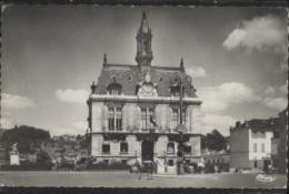 CPSM - CORBEIL ESSONNES - HOTEL DE VILLE - Edition Combier - Corbeil Essonnes