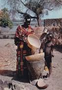NIGERIA. PREPARING FOOD. C M S, MEXICHROME.-BLEUP. - Nigeria