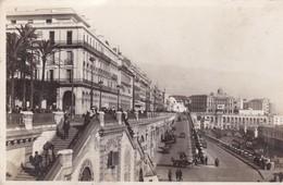 ALGER. PERSPECTIVE SUR LE BOULEVARD DE LA REPUBLIQUE. ED DELACAZE-BLEUP. - Alger