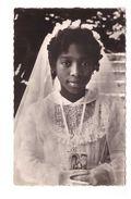 Afrique Fillette Catholique Communiante Mission Des Peres Du Saint Esprit CPSM PF - Cartes Postales