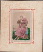 73-ST-ALBAN-DES-VILLARDS-Femme En Costume Local  (photo Début 20e 12x14,5) (rousseurs Sur Marges) - Otros Municipios