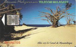 CARTE+ PUCE-25U--SC7-MADAGASCAR-ALLEE Vers Le CANAL Du MOZAMBIQUE-500000 Ex-TBE - Madagascar