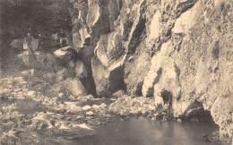 NISMES - L'Adugeoir.  Entrée De L'Eau Noire Dans La Montagne. - Viroinval
