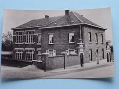 LEERBEEK Gemeentehuis En School ( E.D.W. Kester ) Anno 19?? ( Zie Foto Voor Details ) ! - Gooik