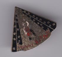 52647-Pin's.Johnny Hallyday - Celebrities