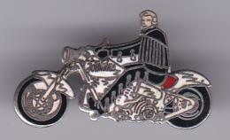 52653-Pin's.Johnny Hallyday - Celebrities