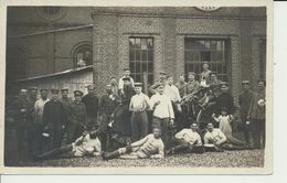 """AK  """"Essenpause Auf Fabrik-Hof"""" - Guerre 1914-18"""