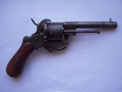 Revolver à Broche Type Lefaucheux - Armes Neutralisées