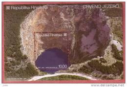 RED LAKE  ( Croatian Bloc MNH**  ) Geological Phenomenon Phénomène Géologique Geology Geologie Geologia - Geology