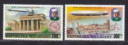 MADAGASCAR AERIENS N°  167 & 168 ** MNH Neufs Sans Charnière, TB  (D3657) 75ème Anniversaire Des Zeppelins - Madagascar (1960-...)