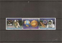 Espace - Alunissage ( 544/546 XXX -MNH- De Niue) - Space