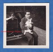 Photo Ancienne Snapshot - Portrait Garçon Avec Chien - Automobile à Identifier - Calandre Bouchon De Radiateur Dog Hund - Automobili