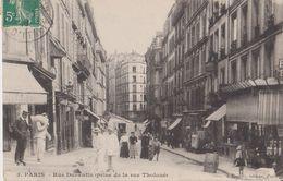 Paris - Rue Durantin Prise De La Rue Tholozé - Gondry Paris - Arrondissement: 18
