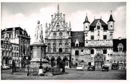 MECHELEN - Standbeeld Van Margaretha Van Oostenrijk. - Mechelen