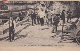 13  / MARSEILLE / DEBARQUEMENT DES POUTRES  / GM 93 / - Marsiglia