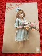 FANTAISIES - ENFANTS -  Jeune Fille Au Bouquet De Fleurs - Portraits