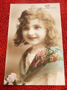 FANTAISIES - ENFANTS -  Jeune Fille Au Bouquet De Fleurs - Portretten