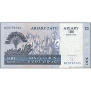 TWN - MADAGASCAR 86b - 100 Francs 2004 B XXXXXXX V UNC - Madagascar