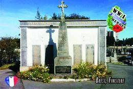 Carte Postale, Militaria, Monuments, World War I Monuments, France (Finistère), Brest 3 - Monuments Aux Morts