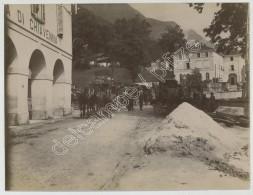 Italie . Attelages à La Douane De Villa Di Chiavenna. Douane Suisse Au Fond . Dogana . 1910-11 . - Lugares