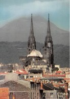 CLERMONT FERRAND La Cathedrale Et Le Sommet Du Puy De Dome 1465m 32(scan Recto-verso) MA794 - Clermont Ferrand