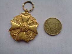 Réf: 98-16-30.               Médaille  Léopold. - Belgique
