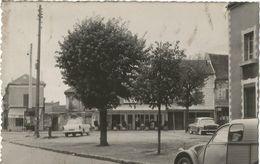 CPSM GARGES LES GONESSE - Place De Verdun (format 9X14) - Garges Les Gonesses
