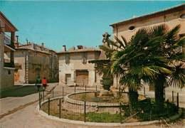 30 Aigues Vives   Place Gabriel Doumergues   écrite - Aigues-Vives
