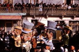 Photo Diapo Diapositive Chalon Sur Saône 1959 Carnaval Grosses Têtes PUB Bière Würgler VOIR ZOOM - Dias