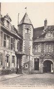 Cp , 80 , ABBEVILLE , Pensionnat St-Vulfran , Ancien Hôtel Du XVIIe S. - Abbeville
