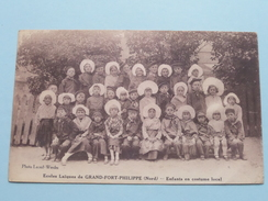 Ecoles Laïques De GRAND-FORT-PHILIPPE - Enfants En Costume Local ( Lecerf-Werder ) Anno 19?? ( Zie Foto Details ) !! - Dunkerque