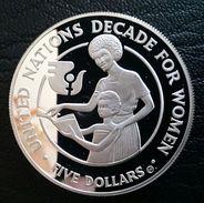 "SOLOMON ISLAND 5 DOLLARS 1985 SILVER PROOF ""Decade For Women"" Free Shipping Via Registered Air Mail - Salomonen"