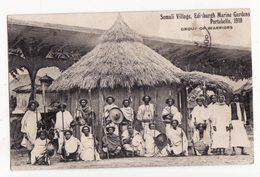 Somalie   Somali Village   Portobello 1910   Group Of Warriors - Somalia