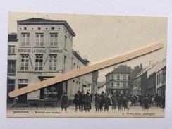 JODOIGNE»Marché Aux Vaches»très Animée,commerces ,bureau De La Feuille D'annonces Imprimerie F.LAROCHE &S (1900). - Jodoigne
