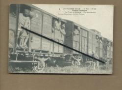CPA Rétrécit - La Guerre 1914- Troupes Hindoues - Le Train A Démarré - Un Retardataire - - Militaria