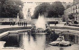 NANTES - La Fontaine De La Place De La Duchesse Anne Et Le Cours Saint Pierre - Nantes