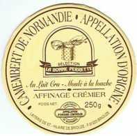 FR1293 - Camembert La Bonne Perrette - - Fromage