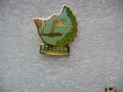 """Pin's Du Club De Gym """"Saint LEON"""" De La Commune De Sainte Croix En Plaine - Gymnastics"""