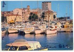 - St-Maxime - ( Var) - Le Port, Barques, Bateaux, édition Cim, Grand Format, écrite, TBE, Scans. - Sainte-Maxime