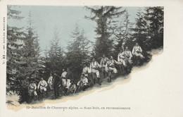 73 - MOUTIERS - 22e Bataillon De Chasseurs Alpins- Sous Bois, En Reconnaissance - Moutiers