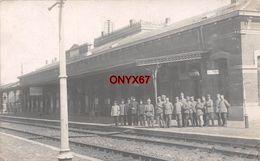 Carte Postale Photo QUIEVRAIN (Belgique-Hainaut) Bahnhof-Quai Gare-Train-Voie Ferrée-Chemin De Fer - VOIR 2 SCANS - Quiévrain