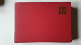 Album à Bandes Rouge Fond Noir 32 Pages épaisses  Impecc - Albums Met Klemmetjes