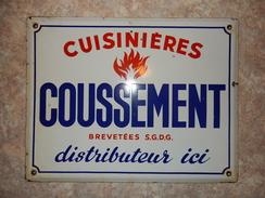 Plaque émaillée Cuisinière COUSSEMENT - Advertising (Porcelain) Signs