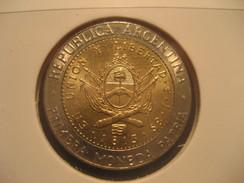 Un Peso 2010 ARGENTINA Bimetallic Coin - Argentina