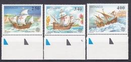 MONACO  1992 LES CARAVELLES DE CHRISTOPHE COLLOMB LOT DE 3 TIMBRES ENTRE LES  N° 1825 ET 1827 ** BORD DE FEUILLE - Monaco