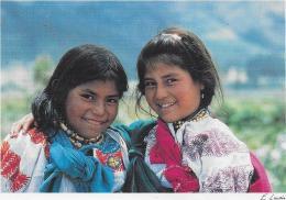 TWO GIRLS LA ESPERANZA - Ecuador