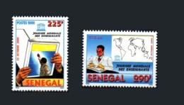 SENEGAL UNESCO 2000 JOURNEE MONDIALE DES ENSEIGNANTS TEACHER TEACHERS WORLD DAY  BOOK MAP - FULL SET - RARE -  MNH ** - Sénégal (1960-...)