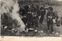 Thématiques 2018 Commémoration Fin De Guerre 1914 1918 Les Diables Bleus Au Bivouac - Weltkrieg 1914-18